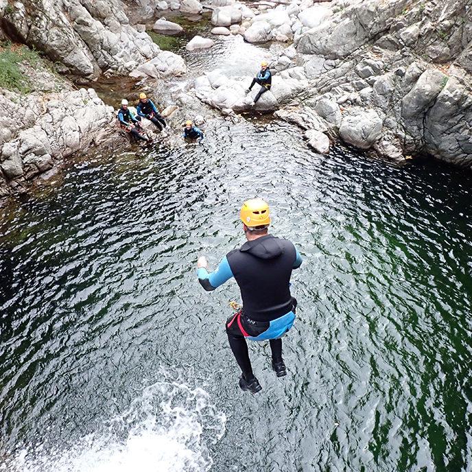 Saut canyoning Hérault